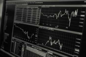 What you ned to know abot Pre-Market Share Trading