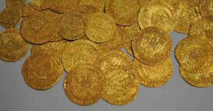 Buying Gold Coins to invest