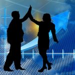 The Benefits And Risks Of Using A MetaTrader Expert Advisor